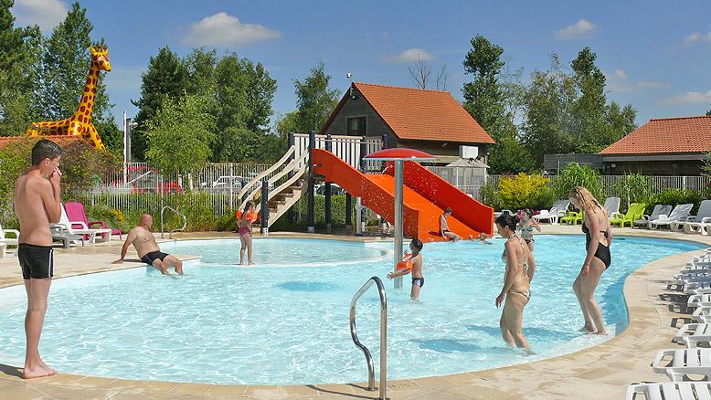 oree-du-bois-piscine-exterieure
